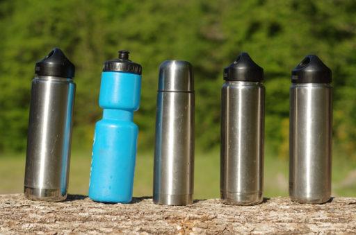 Edelstahl-Trinkflasche für's Campen Trinkwasserversorgung im Microcamper
